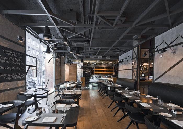 金属感十足的西餐厅manbetx手机登录设计效果图片案例